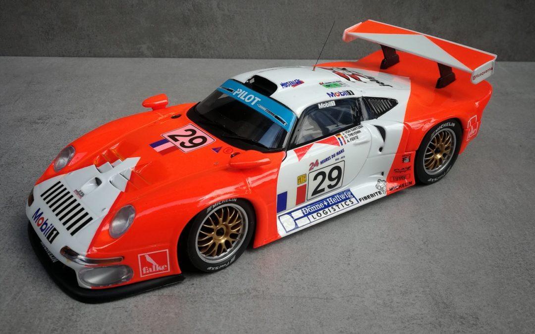 PORSCHE 911 GT1 LM 1997 1/18